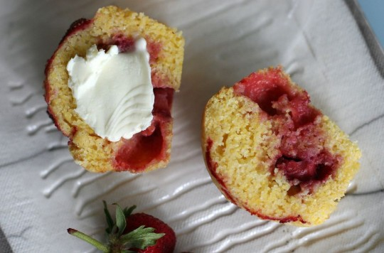 Stawberry Cormeal Muffins